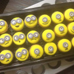 Cupcakes minions caritas