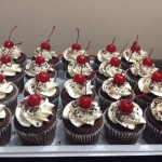 Cupcakes selva negra con cerezas